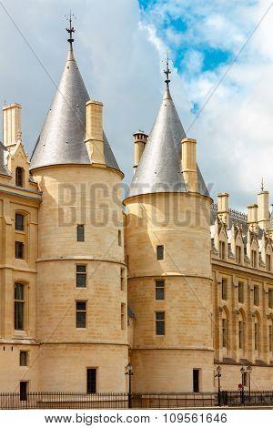 Conciergerie in Paris, France