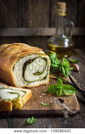 Delicious Pesto Bread
