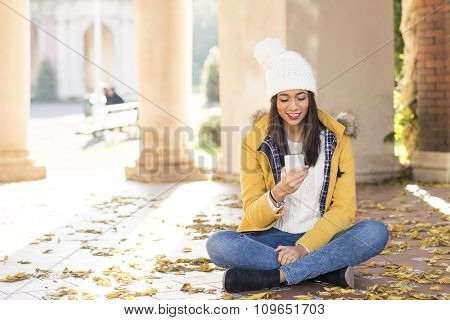Happiness Woman With Hat Looking Messahe In The Phone, Autumn Style.