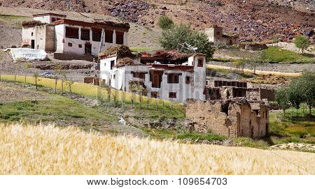 Lingshed (lingshet, Lingshot) Village - Zanskar Valley