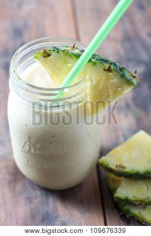 Homemade Fresh Banana Pineapple Smoothie
