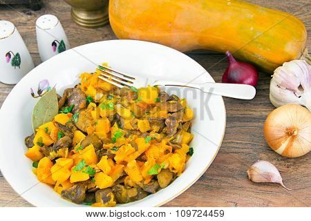 Baked Pumpkin with Mushrooms and Vegetables