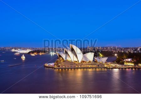 Sydney Australia - November 28, 2015 : Sunset At Sydney Opera House, Sydney, Australia