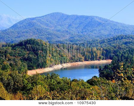 Smokey Mountain Lake
