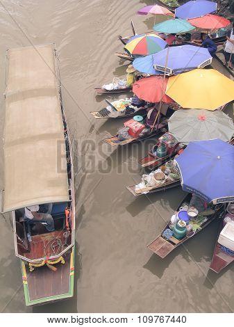 Water Market At Amphawa - Samut Songkhram, Thailand