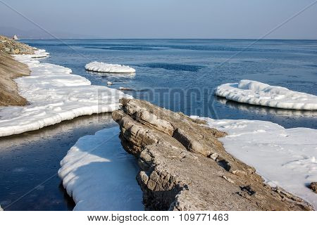 Blocks of ice on the sea.