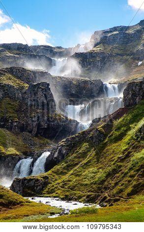 The cascades of Klifbrekkufossar