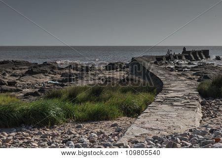 Road to breakwater