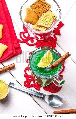 Jelly With Kiwi And Lemon.