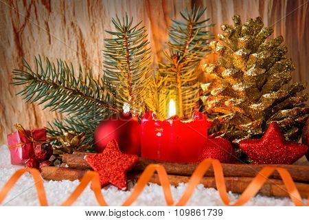 Christmas decoration und Advent candle.