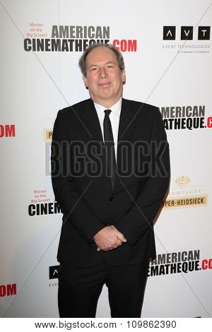 LOS ANGELES - DEC 12:  Hans Zimmer at the 27th American Cinematheque Award at the Beverly Hilton Hotel on December 12, 2013 in Beverly Hills, CA