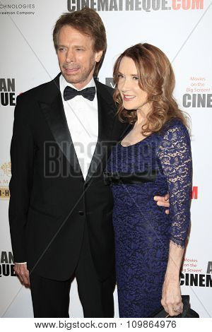 LOS ANGELES - DEC 12:  Jerry Bruckheimer, Linda Bruckheimer at the 27th American Cinematheque Award at the Beverly Hilton Hotel on December 12, 2013 in Beverly Hills, CA