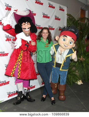 LOS ANGELES - OCT 18:  Captain Hook, Ione Skye, Jake at the