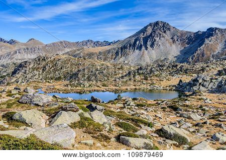 Solana Lakes In The Lake Pessons, Andorra