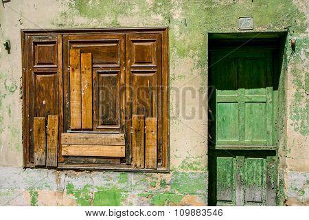 Rustic Door And Window, Banos De Montemayo
