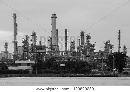 Waterfront Petrol refinery (black and white)