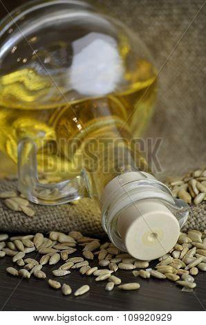 sunflower oil and sun flower seeds