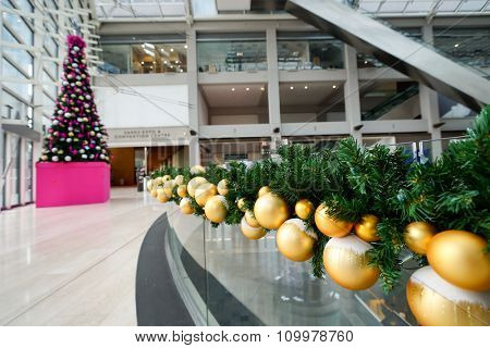 SINGAPORE - NOVEMBER 08, 2015: decorations at The Shoppes at Marina Sands for the Christmas celebrations. The Shoppes at Marina Bay Sands is one of Singapore's largest luxury shopping malls