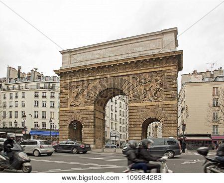 Porte Saint-Martin in Paris (Paris France).