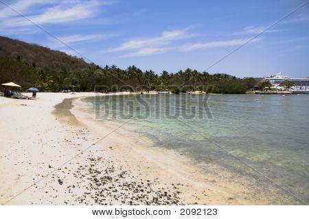 Los Gatos Beach Zihuatanejo, Mexico