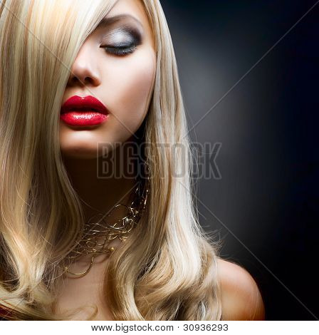 Blond Fashion Girl