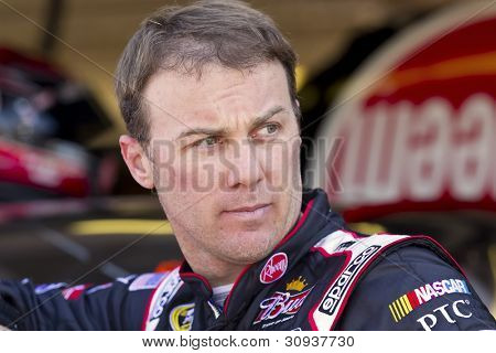 Avondale, Az - Mar 02, 2012:  Kevin Harvick (29) Watches His Crew Work During A Practice Session For