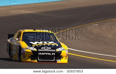 Avondale, Az - Mar 03, 2012:  Ryan Newman (39) Brings His Car Through Turn 4 During The Subway Fresh