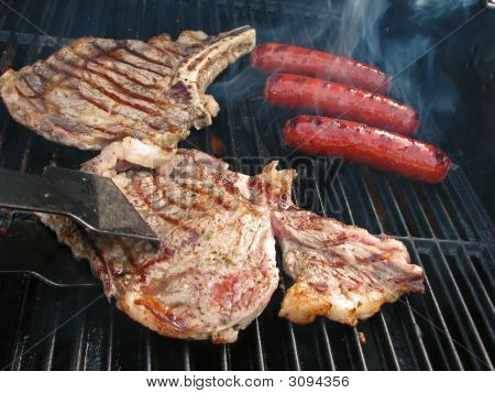 Turning Steak On Grill