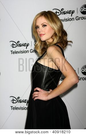 LOS ANGELES - JAN 10:  Dreama Walker attends the ABC TCA Winter 2013 Party at Langham Huntington Hotel on January 10, 2013 in Pasadena, CA