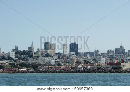 SAN FRANCISCO, CA - SEPTEMBER 12: Fans watch the America's Cup sailing races in San Francisco, CA on September 12, 2013