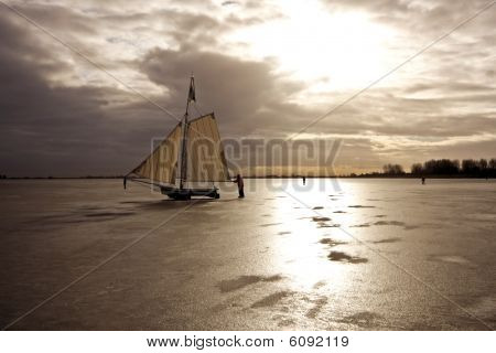 Traditional dutch: Ice sailing in the Netherlands
