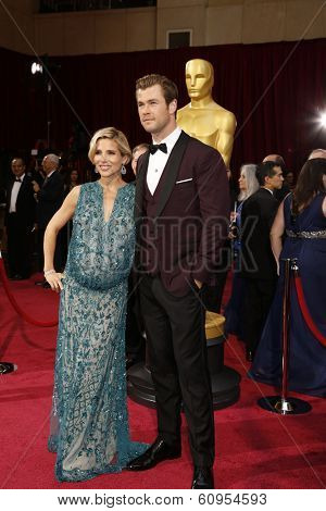LOS ANGELES - MAR 2:: Elsa Pataky, Chris Hemsworth  at the 86th Annual Academy Awards at Hollywood & Highland Center on March 2, 2014 in Los Angeles, California