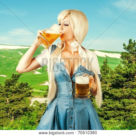 Oktoberfest Woman Drink Froth Beer From Mug