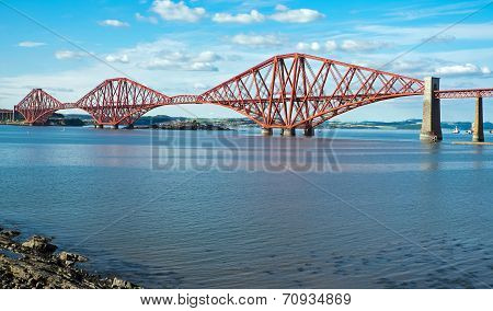 The red Forth railway bridge