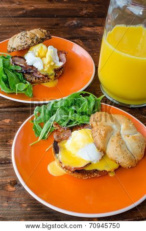 English Muffin With Bacon, Egg Benedict