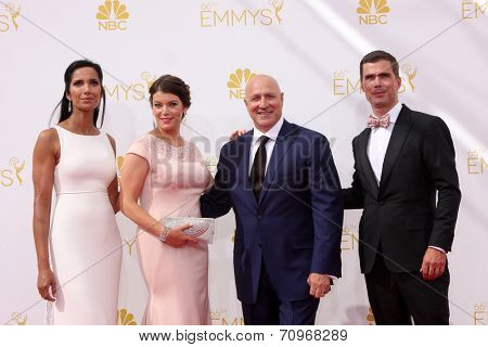 vLOS ANGELES - AUG 25:  Padma Lakshmi, Gail Simmons, Tom Colicchio, Hugh Acheson at the 2014 Primetime Emmy Awards - Arrivals at Nokia at LA Live on August 25, 2014 in Los Angeles, CA
