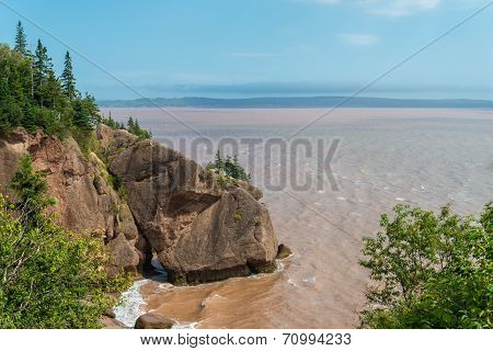 Flower Pot Rock Formations At The Hopewell Rocks