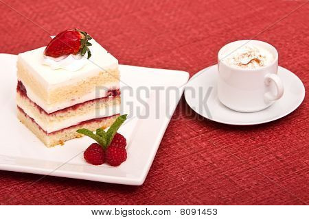 Strawberry Cake With Cappucino