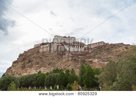 View Of The Famous Fort In Gyantse, Tibet