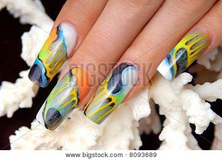ART manicure
