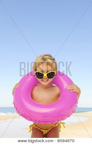 Sommer Portrait: Kind am Strand