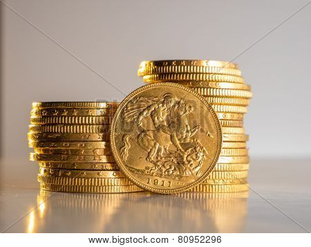 George V gold coins - Selective focus