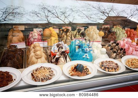 Barcelona, Spain - Feb 9, 2014: Showcase Of Ice Cream In Window Display At Rambla Street In Barcelon