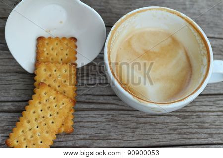 Latte Coffee In Glass And Crackers