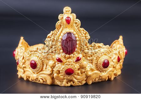 Crown - Detail of Delicious luxury birthday cake
