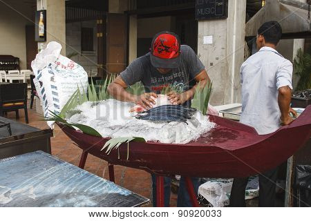 Preparing Fish Showcase