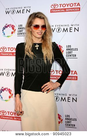 LOS ANGELES - MAY 16:  Abbey Lee at the