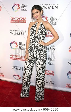LOS ANGELES - MAY 16:  Victoria Justice at the