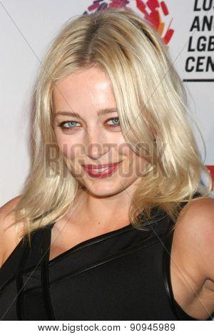 LOS ANGELES - MAY 16:  Caroline Vreeland at the