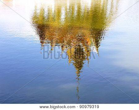 reflection of Thai pavilion